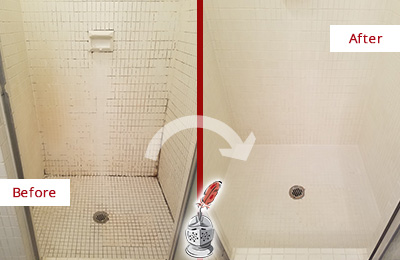 Before and After Picture of a Ashby Bathroom Grout Sealed to Remove Mold